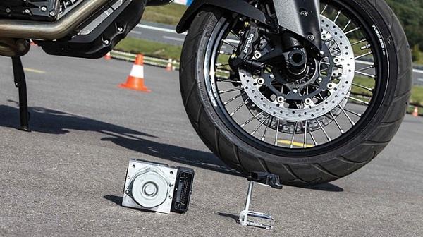 Điều cần biết về hệ thống chống bó cứng phanh ABS