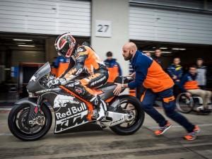 Cỗ máy KTM RC17 sẽ tham dự MotoGP 2017