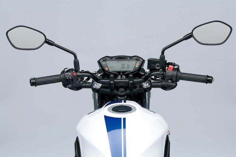 suzuki-ra-mat-naked-bike-sv650-chot-gia-220-trieu-hinh-4