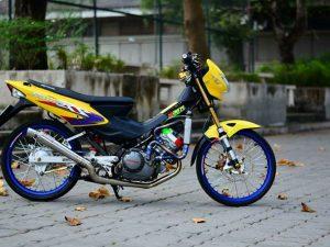Côn tay Honda Sonic 125 siêu thể thao với bản độ của biker Thái