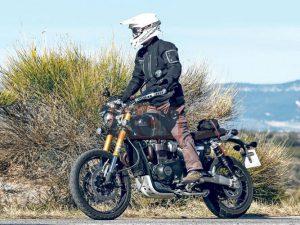 Đối thủ Ducati Scrambler 1100 lộ diện trên đường thử