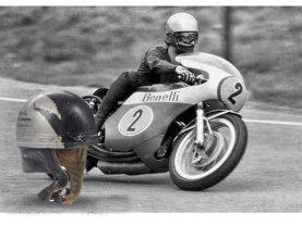 Mũ bảo hiểm xe máy ra đời như thế nào, bạn có biết?