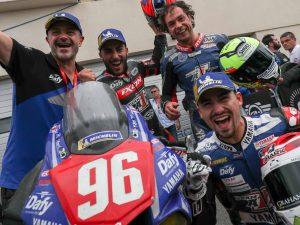 Mỗi con số, một câu chuyện: đội đua Moto Ain và số 96