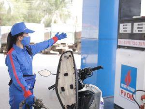 Giá xăng dầu hôm nay có thể sẽ tăng gần 900 đồng/lít trong ngày 13/7