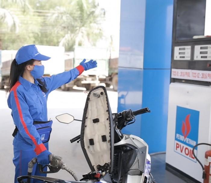 Giá xăng dầu hôm nay 13/7: Tăng nhẹ do thị trường dần hồi phục